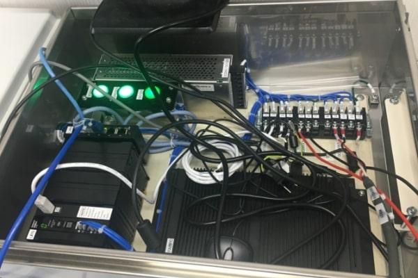 データ収録・通信装置